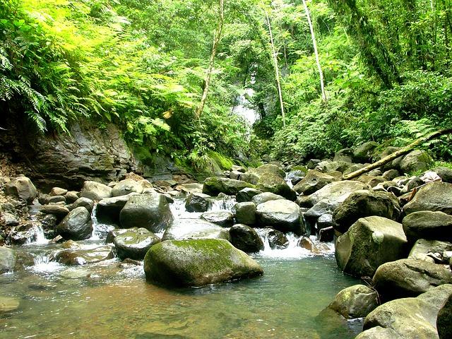 řeka na Kostarice