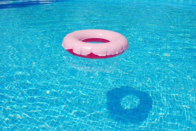 plovocí kruh.jpg